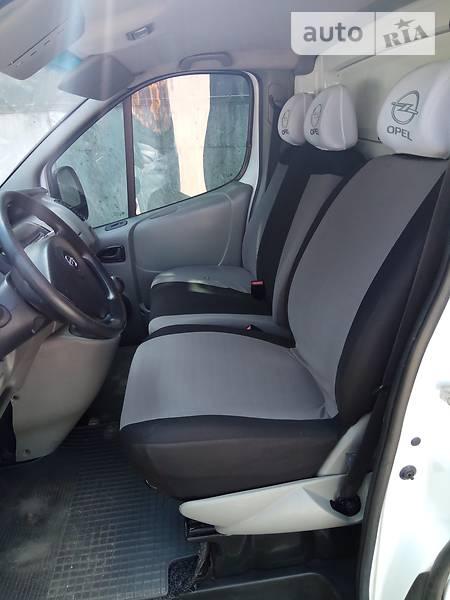 Opel Vivaro 2007 року