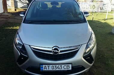 Opel Zafira 2013 в Ивано-Франковске