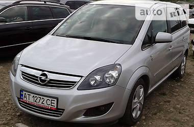 Opel Zafira 2011 в Галиче