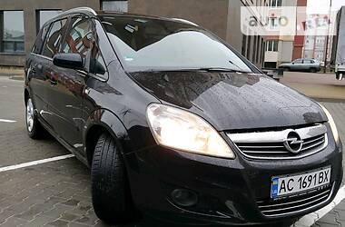 Opel Zafira 2008 в Луцке