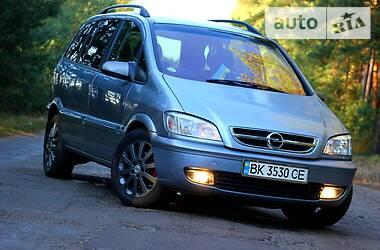 Opel Zafira 2003 в Березному