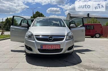Универсал Opel Zafira 2012 в Луцке