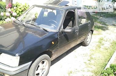 Peugeot 205 1991 в Черновцах