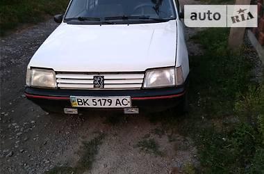 Peugeot 205 1992 в Ровно
