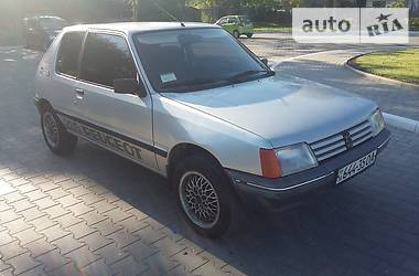 Peugeot 205 1986 в Измаиле