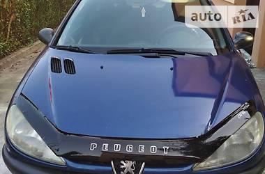Peugeot 206 Hatchback (3d) 2000