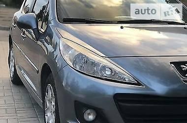 Хэтчбек Peugeot 207 Hatchback (5d) 2011 в Киеве