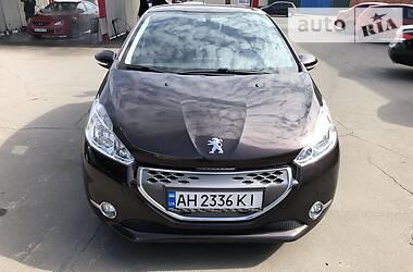 Peugeot 208 2012 в Мариуполе