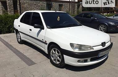 Седан Peugeot 306 1998 в Киеве