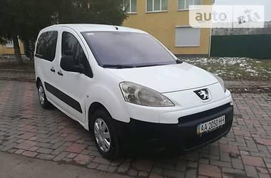 Peugeot Partner пасс. 2008 в Коростене