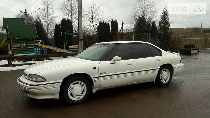Pontiac Bonneville 1992 года