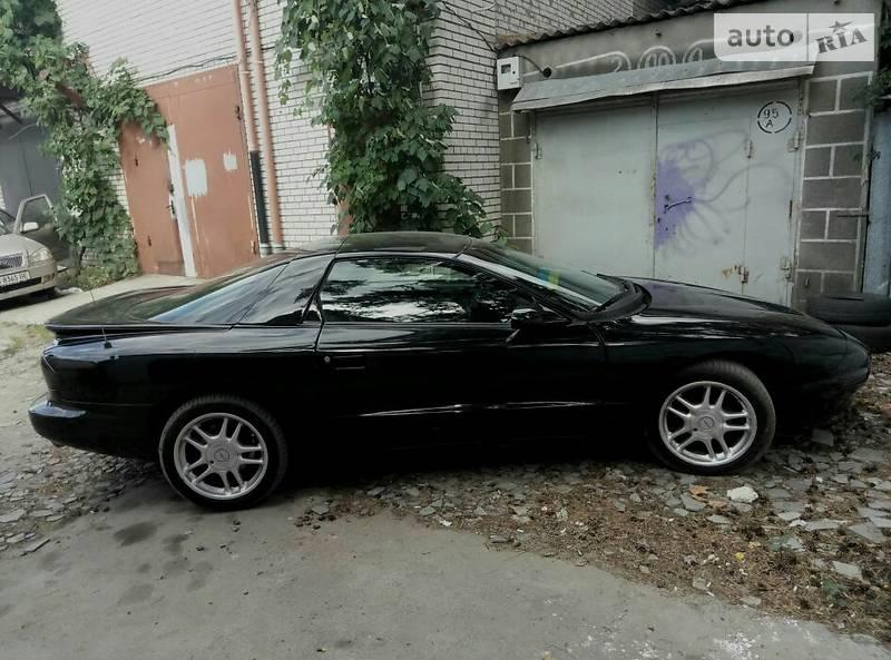 Pontiac Firebird 1994 року