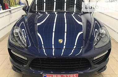 Porsche Cayenne 2012 в Києві
