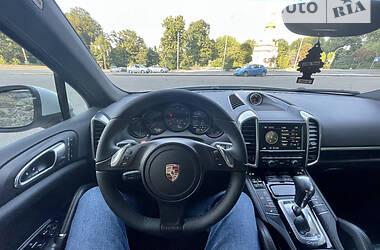 Внедорожник / Кроссовер Porsche Cayenne 2013 в Киеве