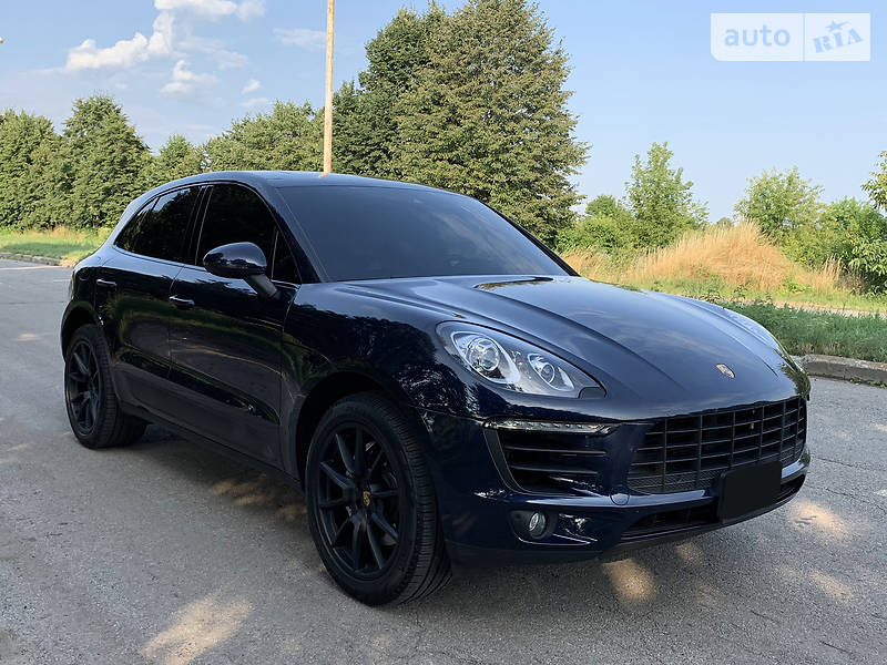 Внедорожник / Кроссовер Porsche Macan 2017 в Киеве
