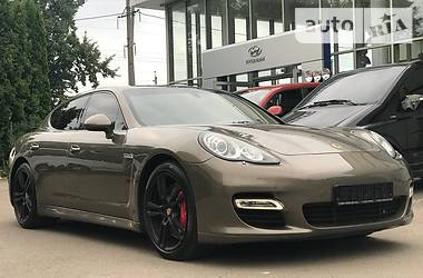 Porsche Panamera 2012 в Ровно