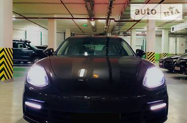 Porsche Panamera 2018 в Одессе