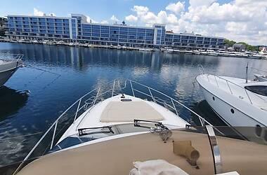Моторная яхта Princess Flybridge 2009 в Киеве