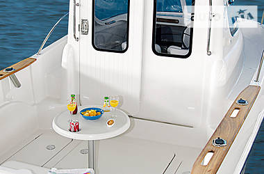 Quicksilver Pilothouse  2007