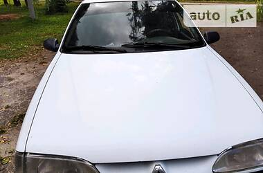 Renault 11 1992 в Городке