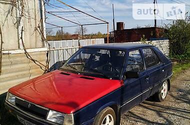 Седан Renault 11 1986 в Запорожье
