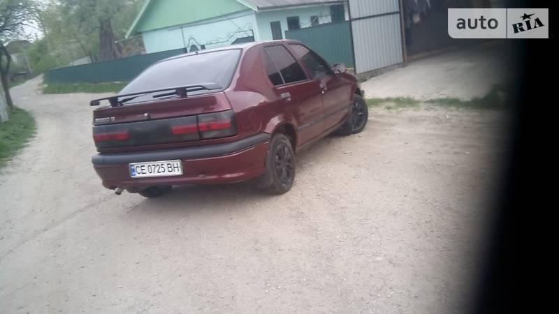 Renault 19 1994 року