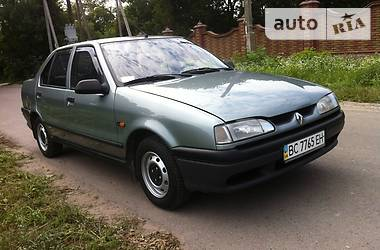 Renault 19 2000 в Ровно