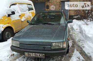 Седан Renault 21 1989 в Киеве