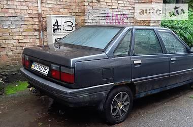 Седан Renault 21 1988 в Киеве