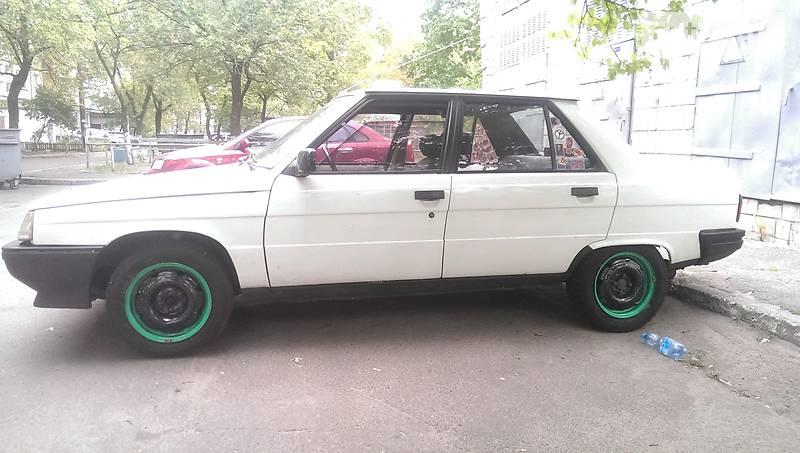 Renault 9 1985 года