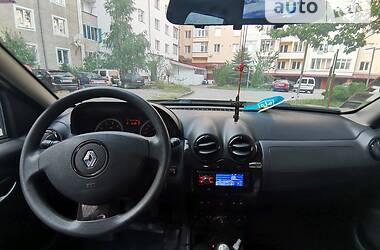 Внедорожник / Кроссовер Renault Duster 2011 в Надворной