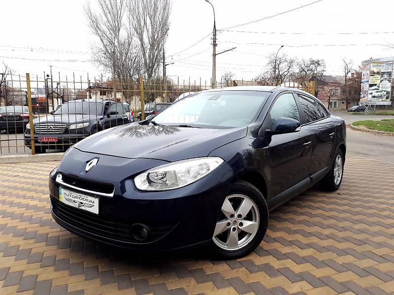 Renault Fluence 2010 года