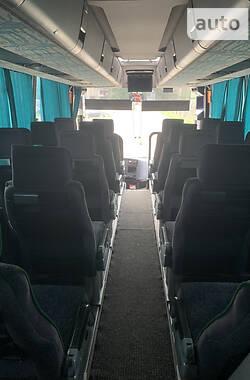 Туристичний / Міжміський автобус Renault Iliade 2000 в Львові