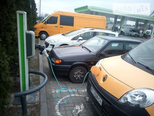 Легковий фургон (до 1,5т) Renault Kangoo груз. 2012 в Івано-Франківську