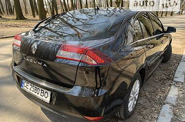 Лифтбек Renault Laguna 2013 в Черновцах