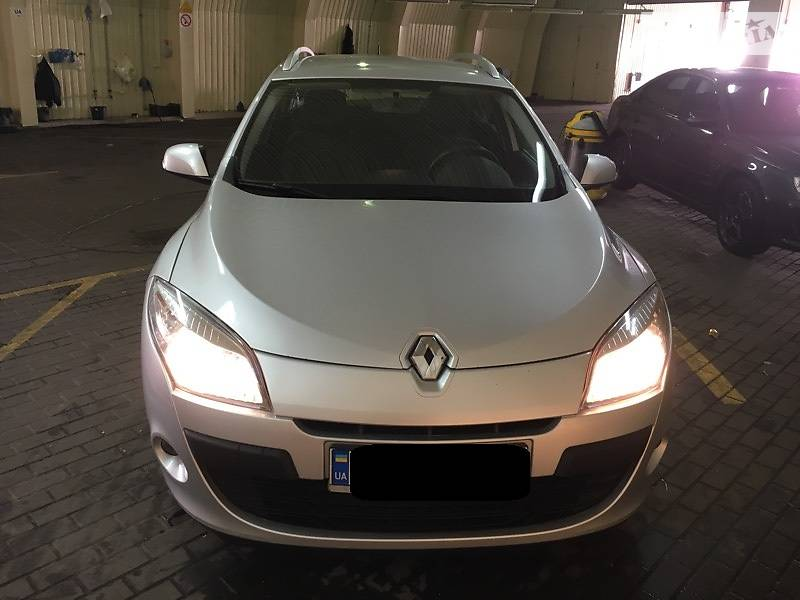 Renault Megane 2010 года