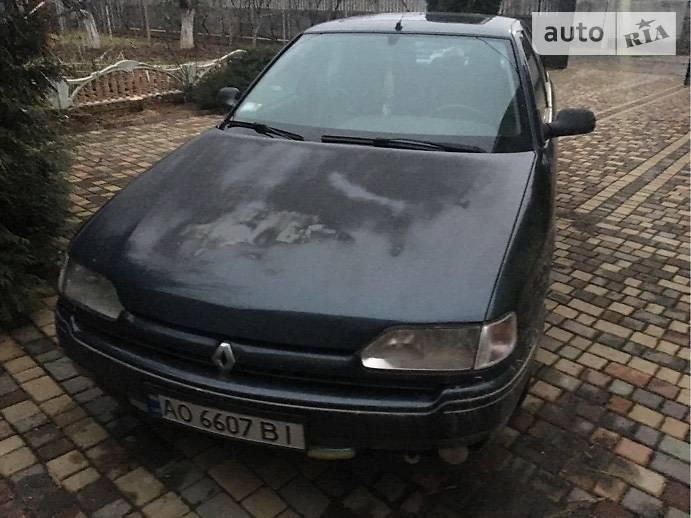 Renault Safrane 1993 года в Ужгороде