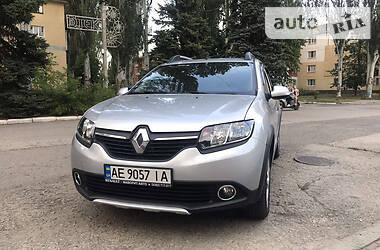 Renault Sandero 2016 в Апостолово