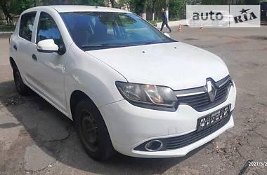 Седан Renault Sandero 2016 в Киеве
