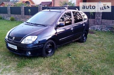 Минивэн Renault Scenic 2001 в Сарнах