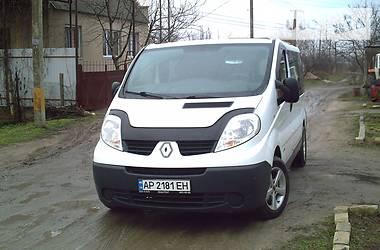 Renault Trafic пасс. 2011