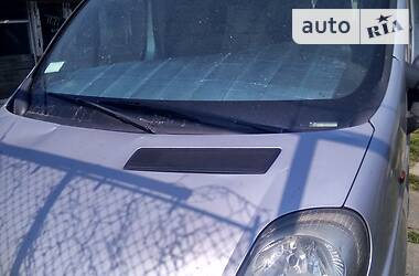 Renault Trafic пасс. 2003 в Ужгороде