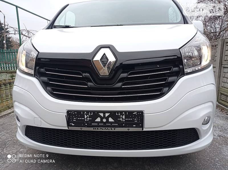 Renault Trafic пасс. 115 LS
