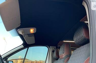 Легковий фургон (до 1,5т) Renault Trafic пасс. 2016 в Луцьку