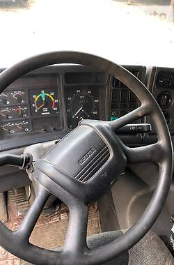 Цистерна Scania 94 2001 в Калуше