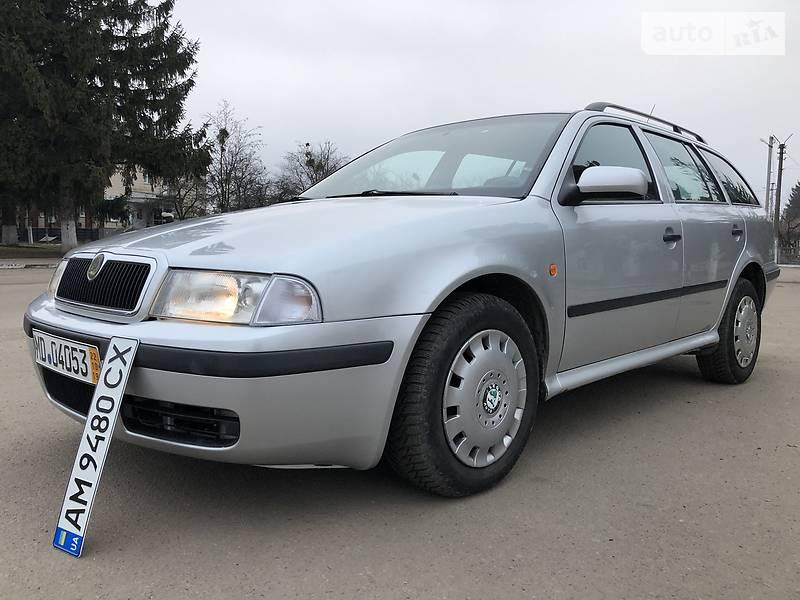 Skoda Octavia 2000 в Попельне