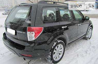 Subaru Forester 2.5 XS tip-tronic 2012
