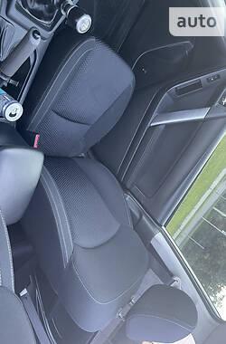 Внедорожник / Кроссовер Subaru Forester 2015 в Дубно