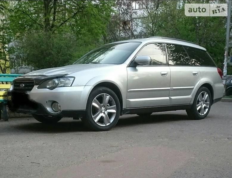 Subaru Outback 2004 года