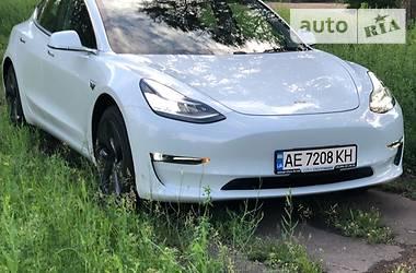 Tesla Model 3 Long Range 2018 в Кривом Роге
